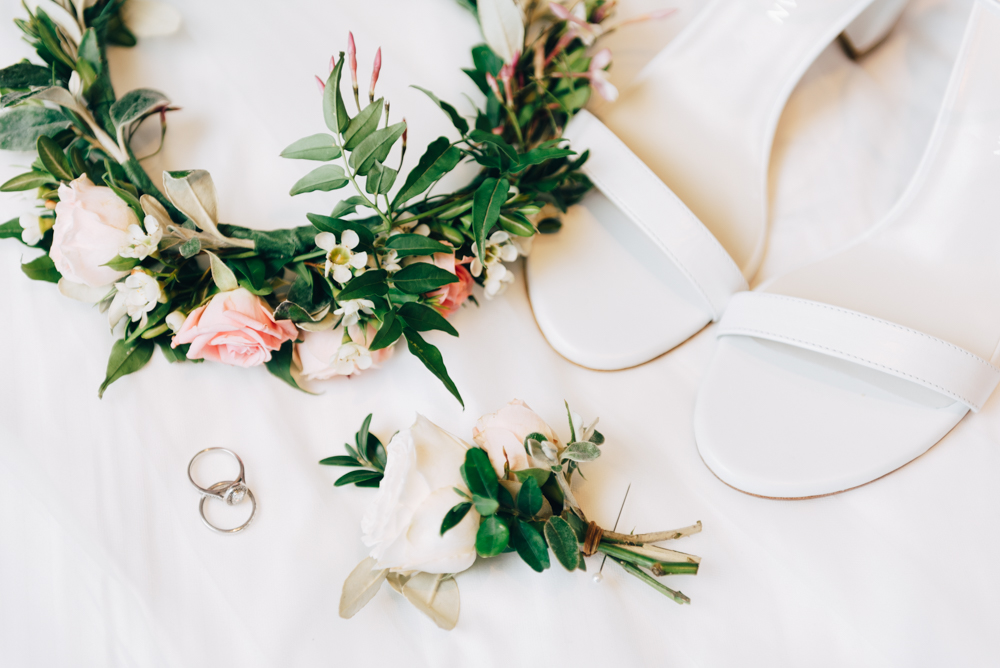 Bridal flowers, rings and shoes